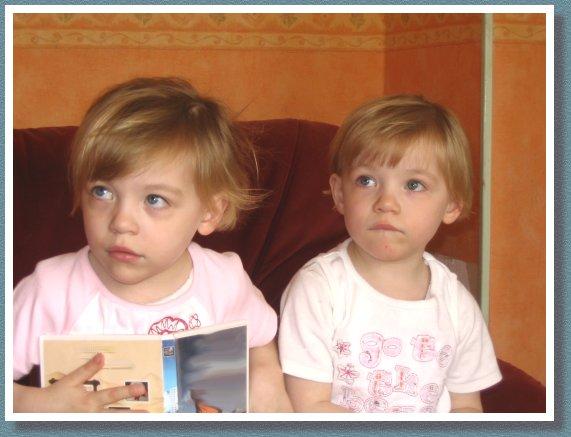 Emma & Julie Mai 2005