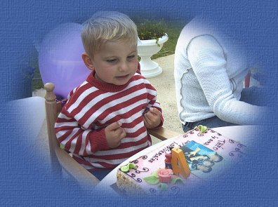 theo 4 ans